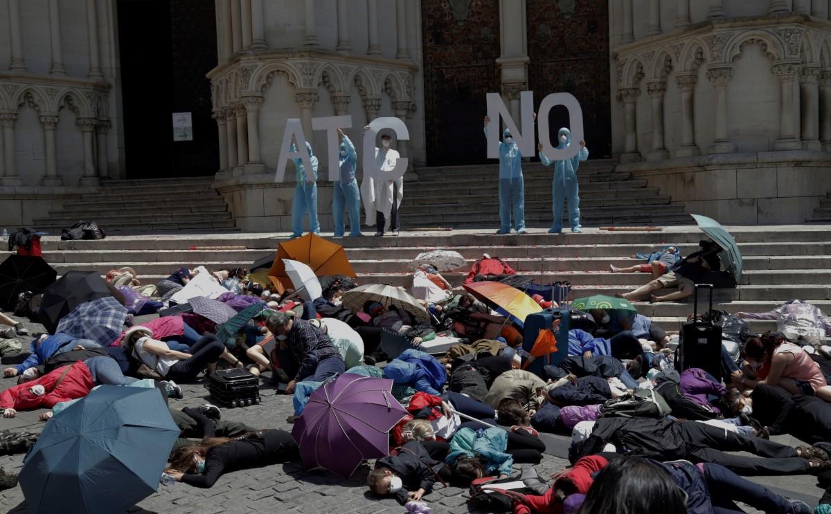 ¿Cómo se vivió la dramafestación? | La Evacuación de Cuenca en laprensa